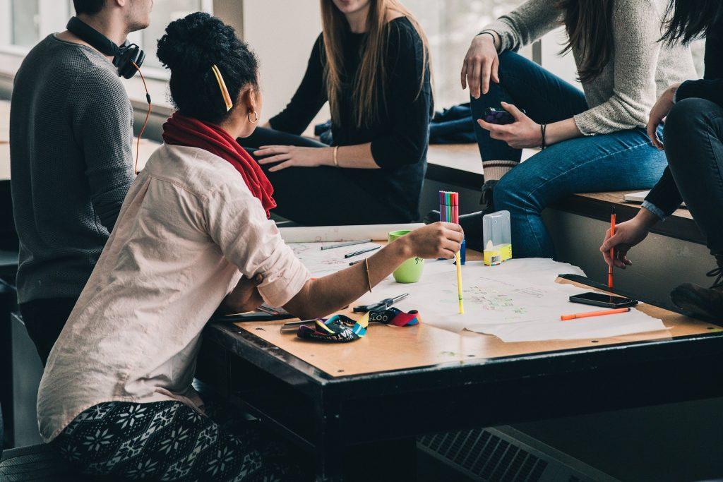 Hjelp til økonomistudier i Videregående skole